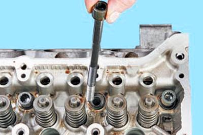 Разборка, ремонт и сборка головки блока цилиндров Тойота Королла 10 Аурис