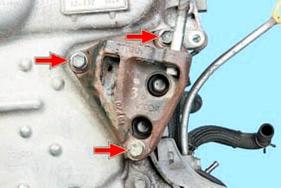 Снятие и установка крышки цепи привода газораспределительного механизма Тойота Королла 10 Аурис