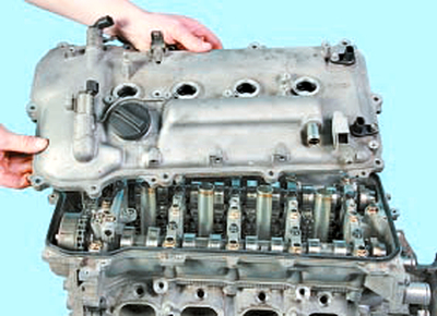 Замена прокладки крышки головки блока цилиндров Тойота Королла 10 Аурис