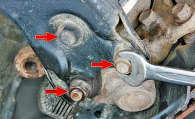 Замена шаровой опоры рычага передней подвески Тойота Королла 10 Аурис
