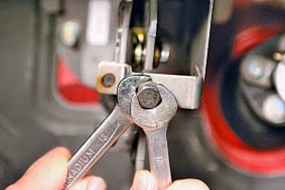 Проверка и регулировка привода выключения сцепления Тойота Королла 10 Аурис