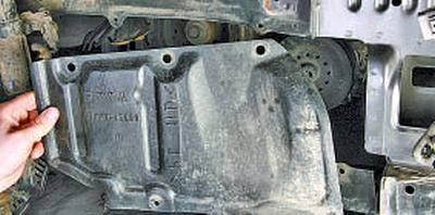 Снятие и установка компрессора кондиционера Тойота Королла 10 Аурис