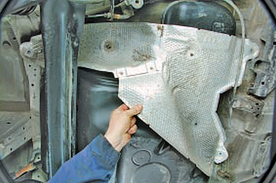 Замена топливного бака Тойота Королла 10 Аурис
