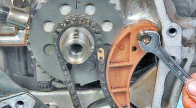 Замена цепи привода масляного насоса Тойота Королла 10 Аурис