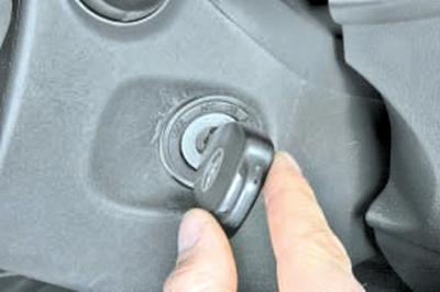 Проверка кодов неисправности системы ABS и их устранение Тойота Королла 10 Аурис