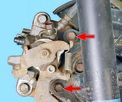 Замена суппорта тормозного механизма заднего колеса Тойота Королла 10 Аурис